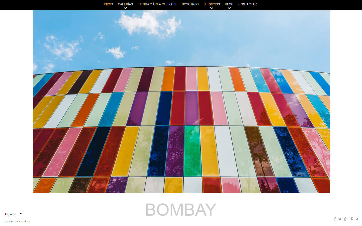 Photographers website. Design: Bombay
